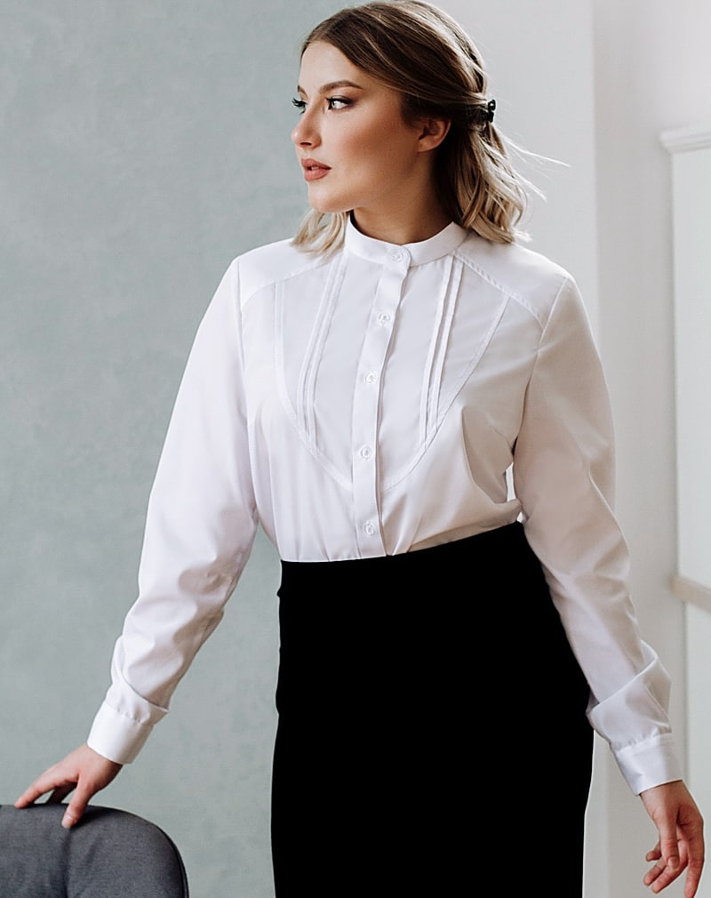 Белые  блузки  Галина
